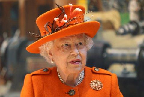 Lobt den Einsatz der Feuerwehr: die Queen.