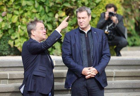 Armin Laschet und Markus Söder bei der Ministerpräsidentenkonferenz in Königswinter. Foto:Oliver Berg/dpa